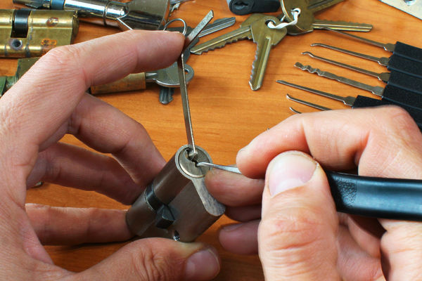 Lock Repairs & Replacements