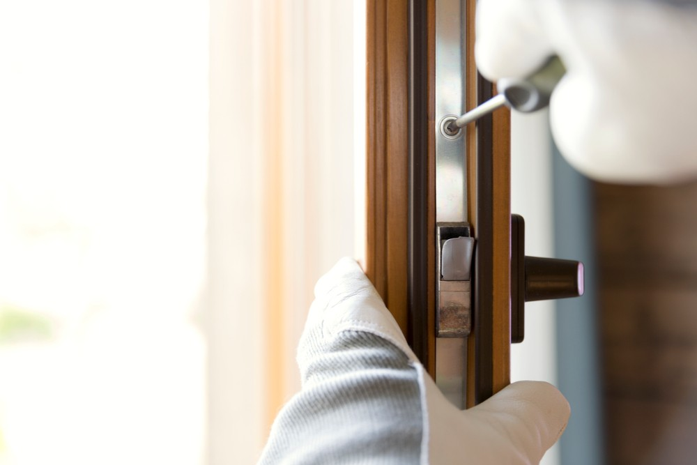 What Are Insurance Graded Locks And Why You Might Need Them Insurance Graded Locks  Lockwiz 24/7 Locksmith Local Locksmith Insurance Graded Locks Emergency Locksmith