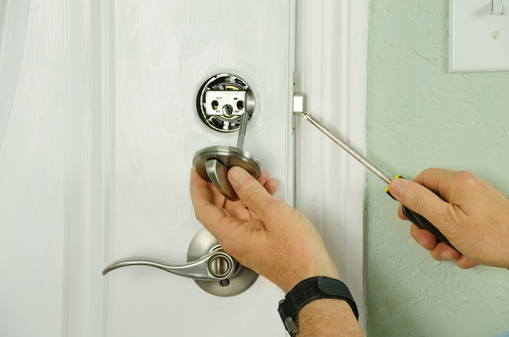 Emergency Locksmiths | Locked Out | Commercial Locksmiths | uPVC Lock Repairs How To Get The Absolute Best Level Of Home Security In Stafford Home Security  Lockwiz 24/7 Locksmith Stafford Locksmith Home Security Emergency Locksmith