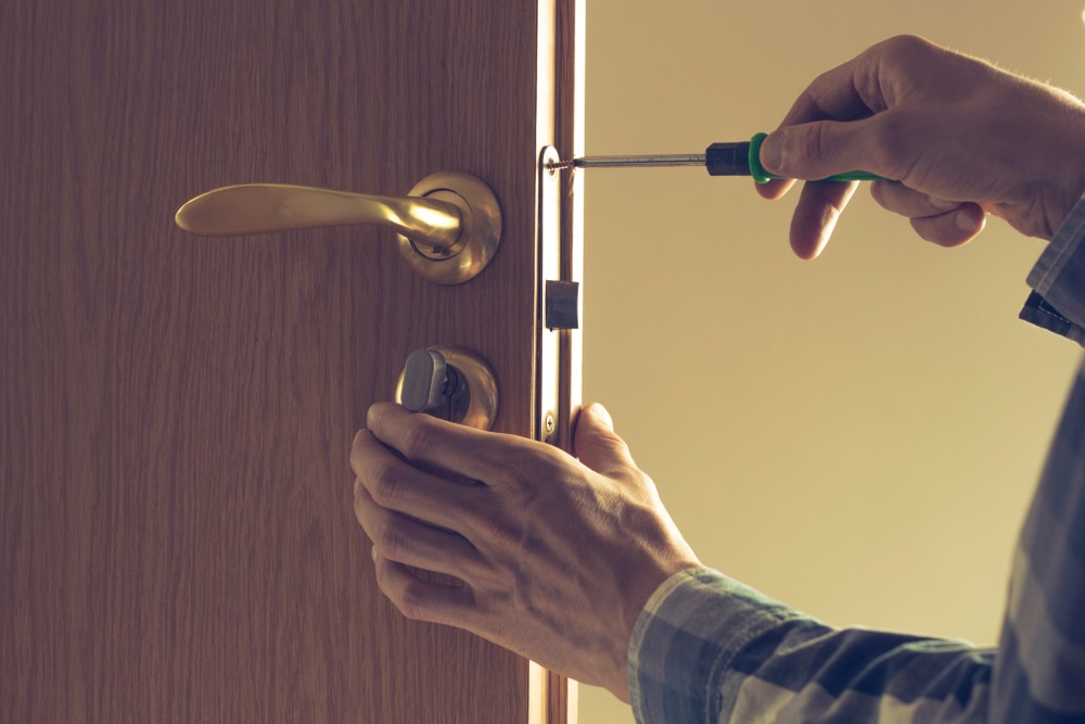 Lock And Key: Top 5 Factors To Check From A Locksmith For Safety And Security Safety And Security  Safety And Security Safety Reputable Locksmith Lockwiz 24/7 Emergency Locksmith 24 Hour Locksmith